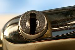 window locks in hyde