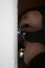 Locksmith in Glossop